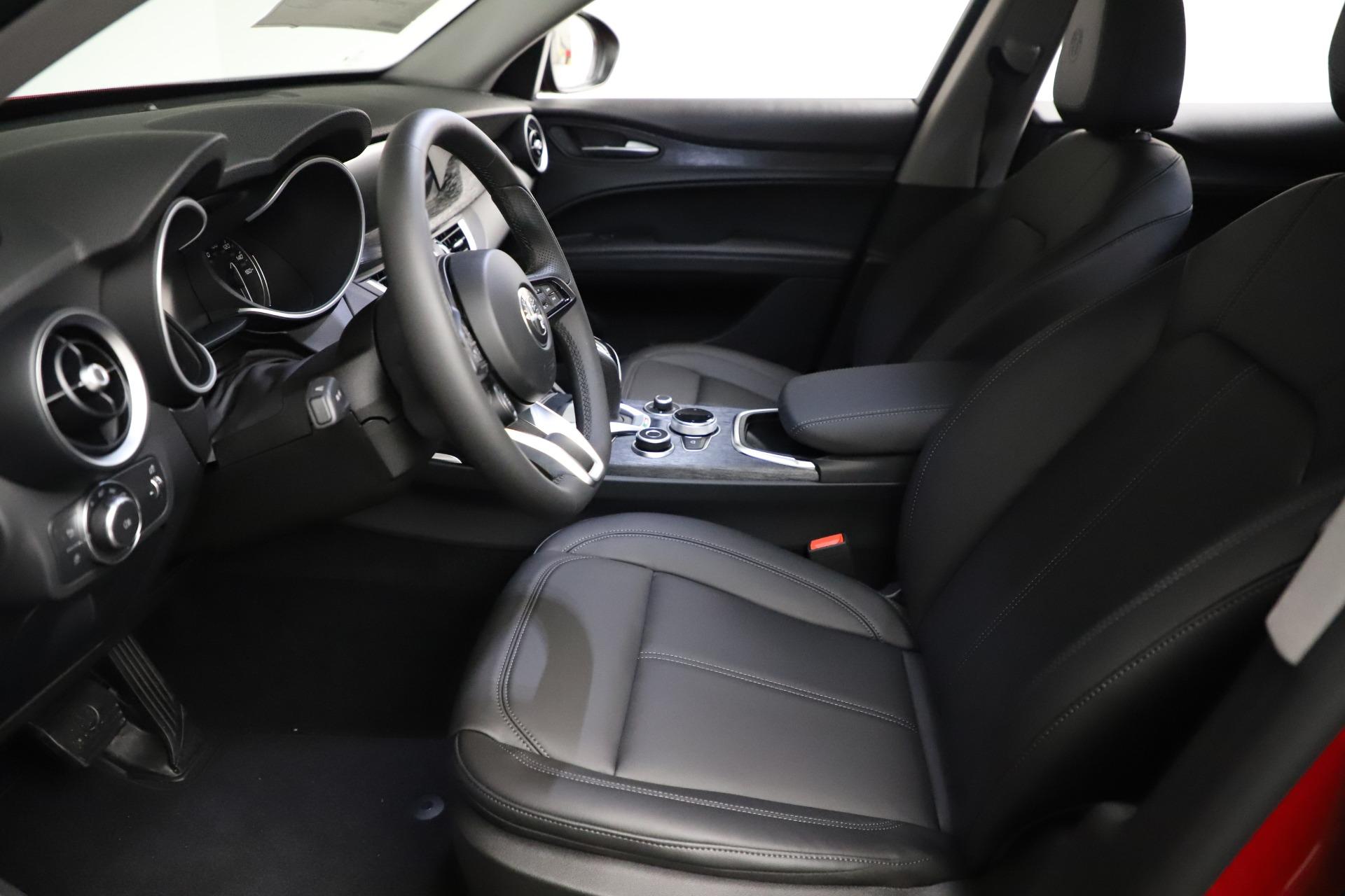 New-2021-Alfa-Romeo-Stelvio-Q4