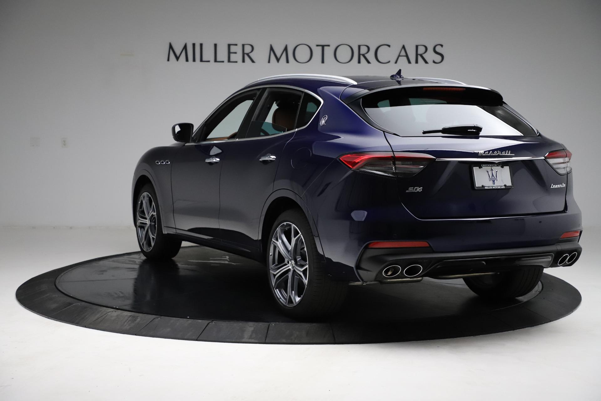 New-2021-Maserati-Levante-S-Q4