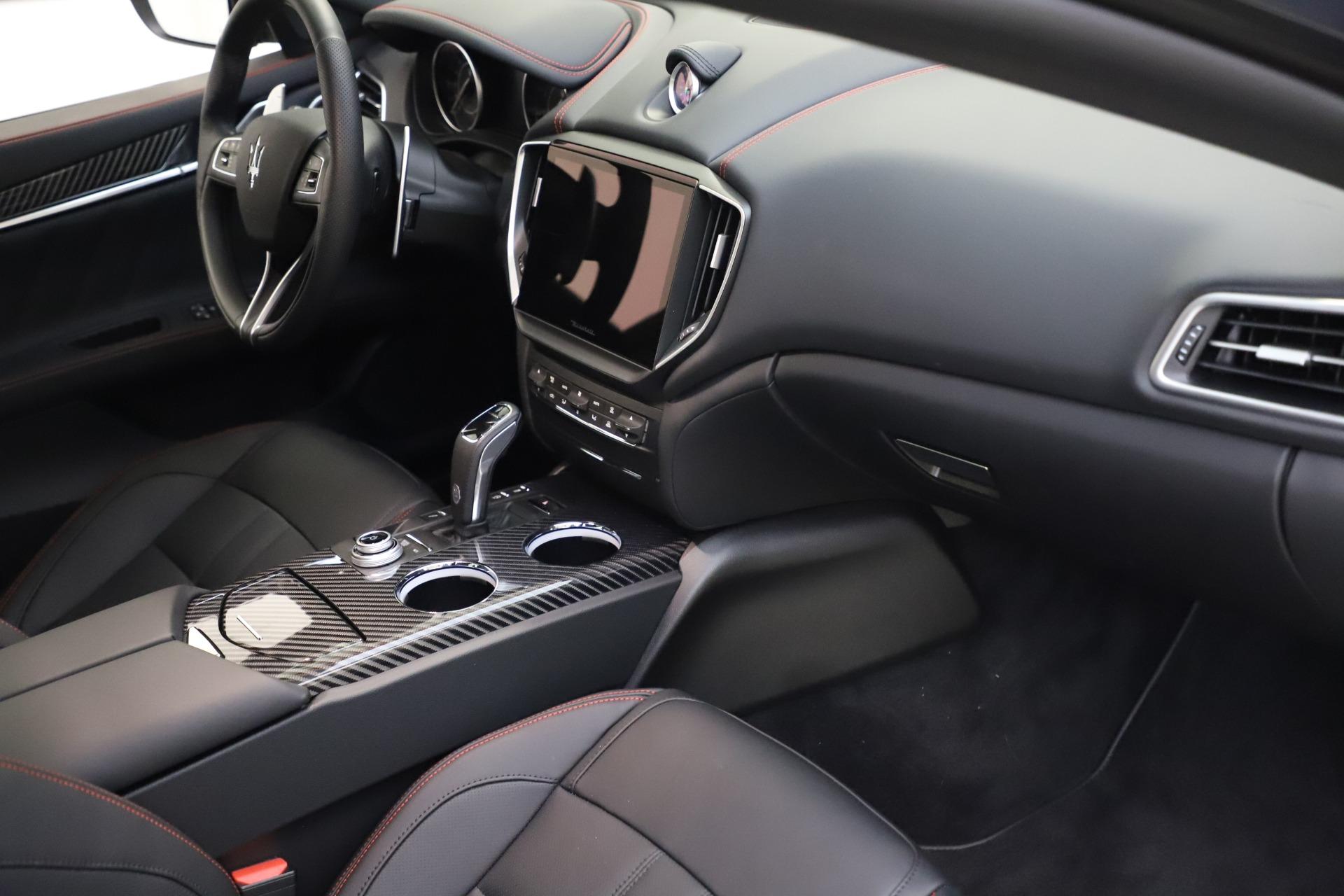 New-2021-Maserati-Ghibli-S-Q4-GranSport