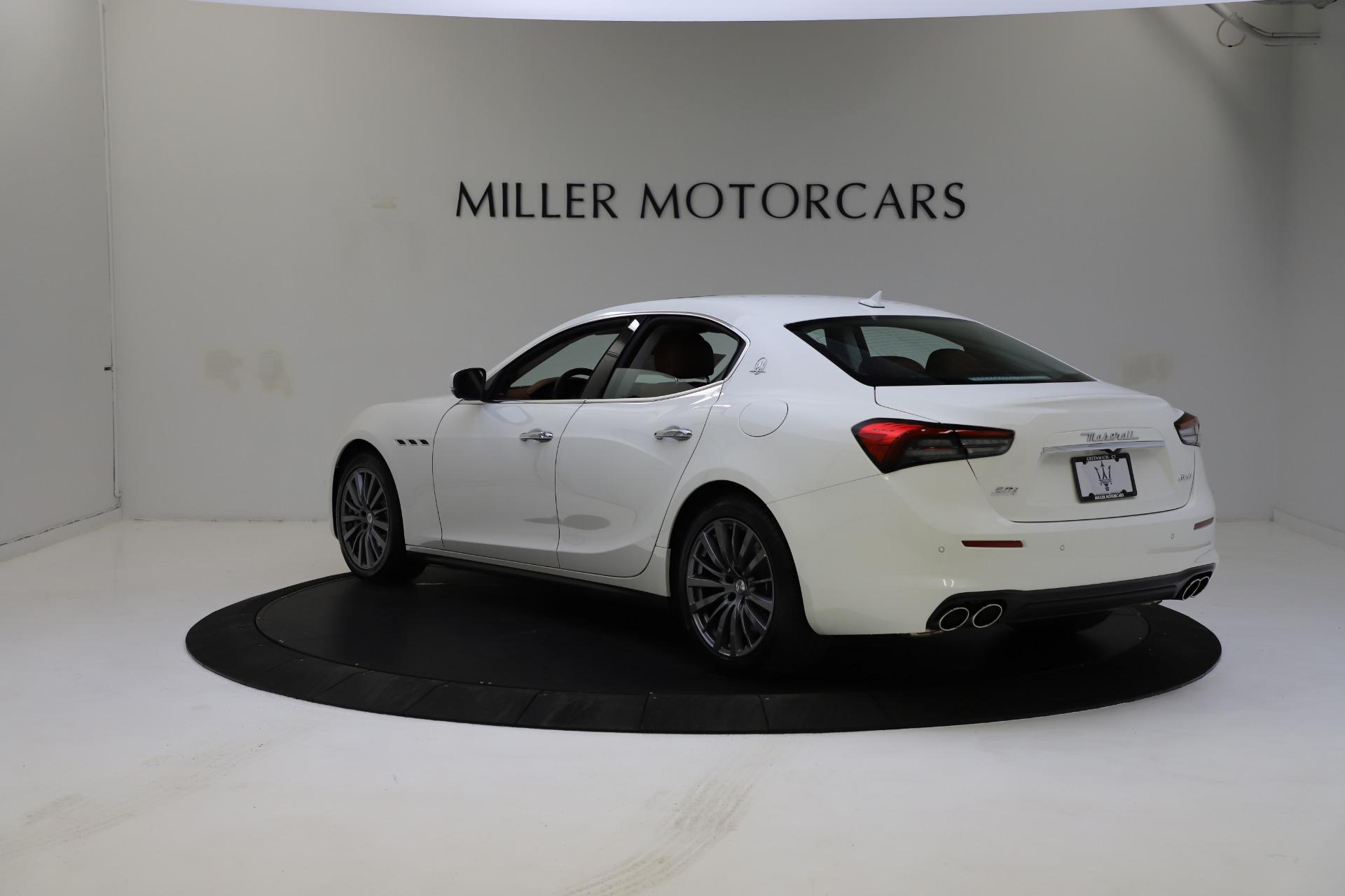 New-2021-Maserati-Ghibli-S-Q4