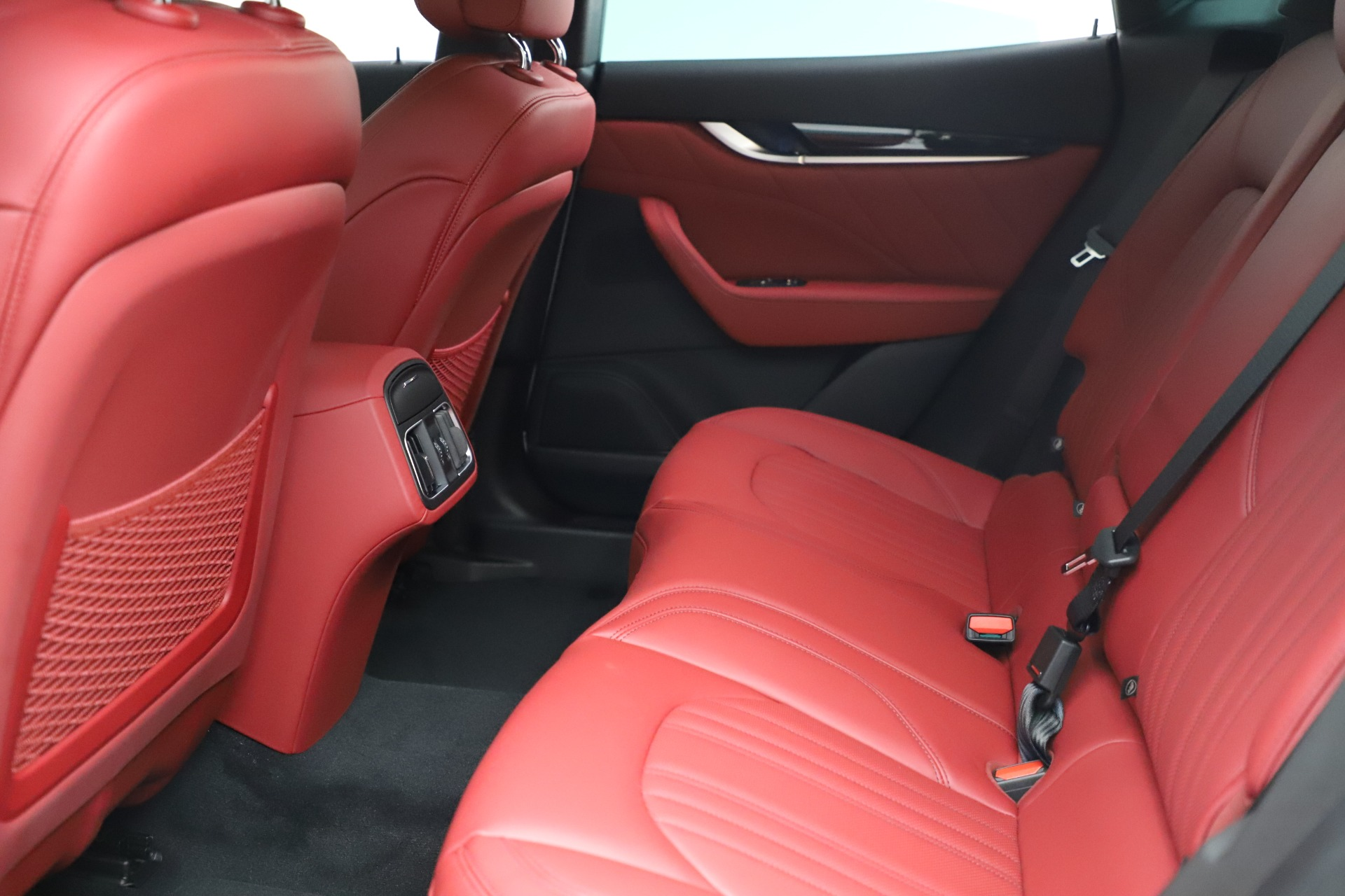 New-2021-Maserati-Levante-Q4