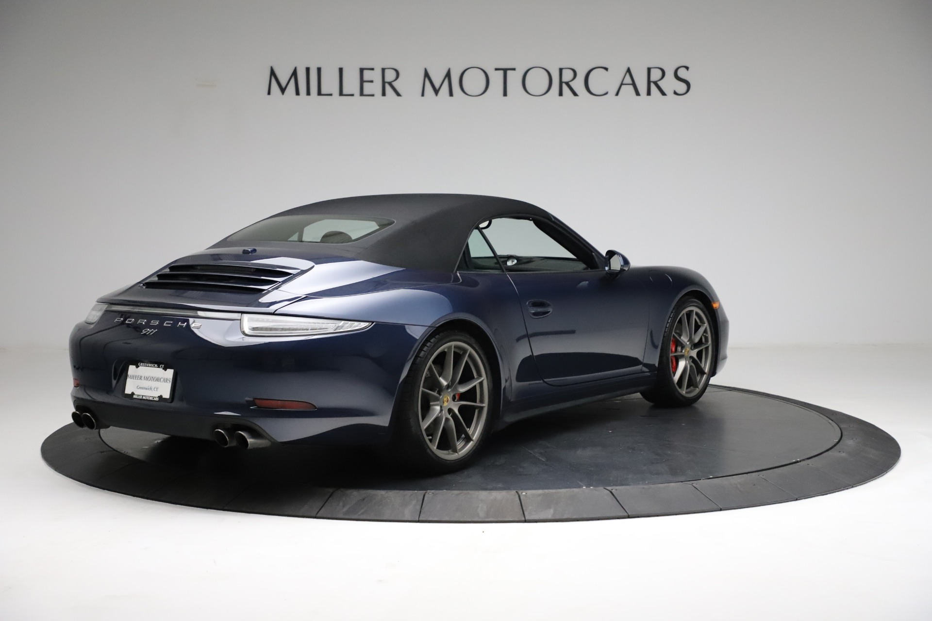 Used-2015-Porsche-911-Carrera-4S