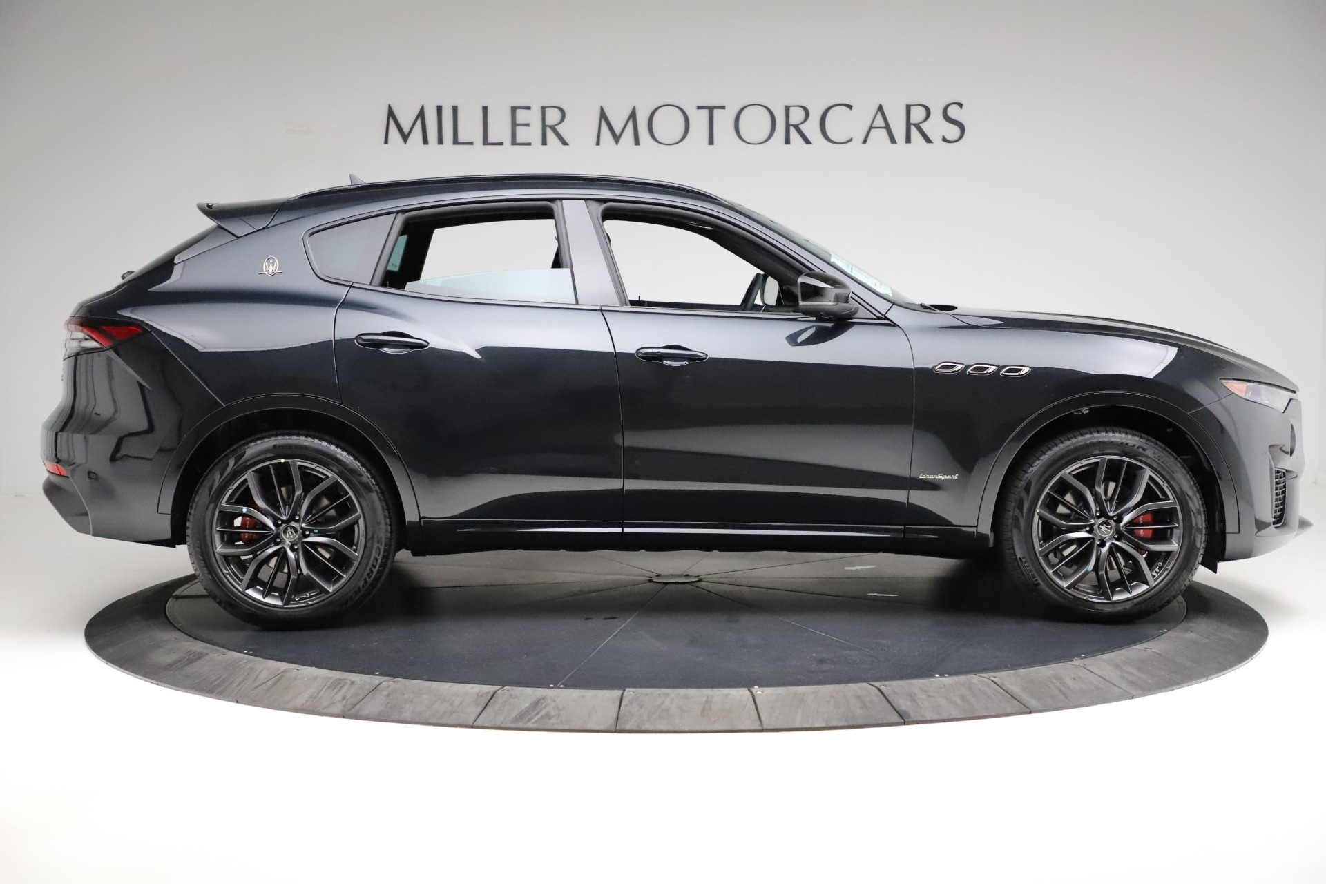 New-2021-Maserati-Levante-Q4-GranSport