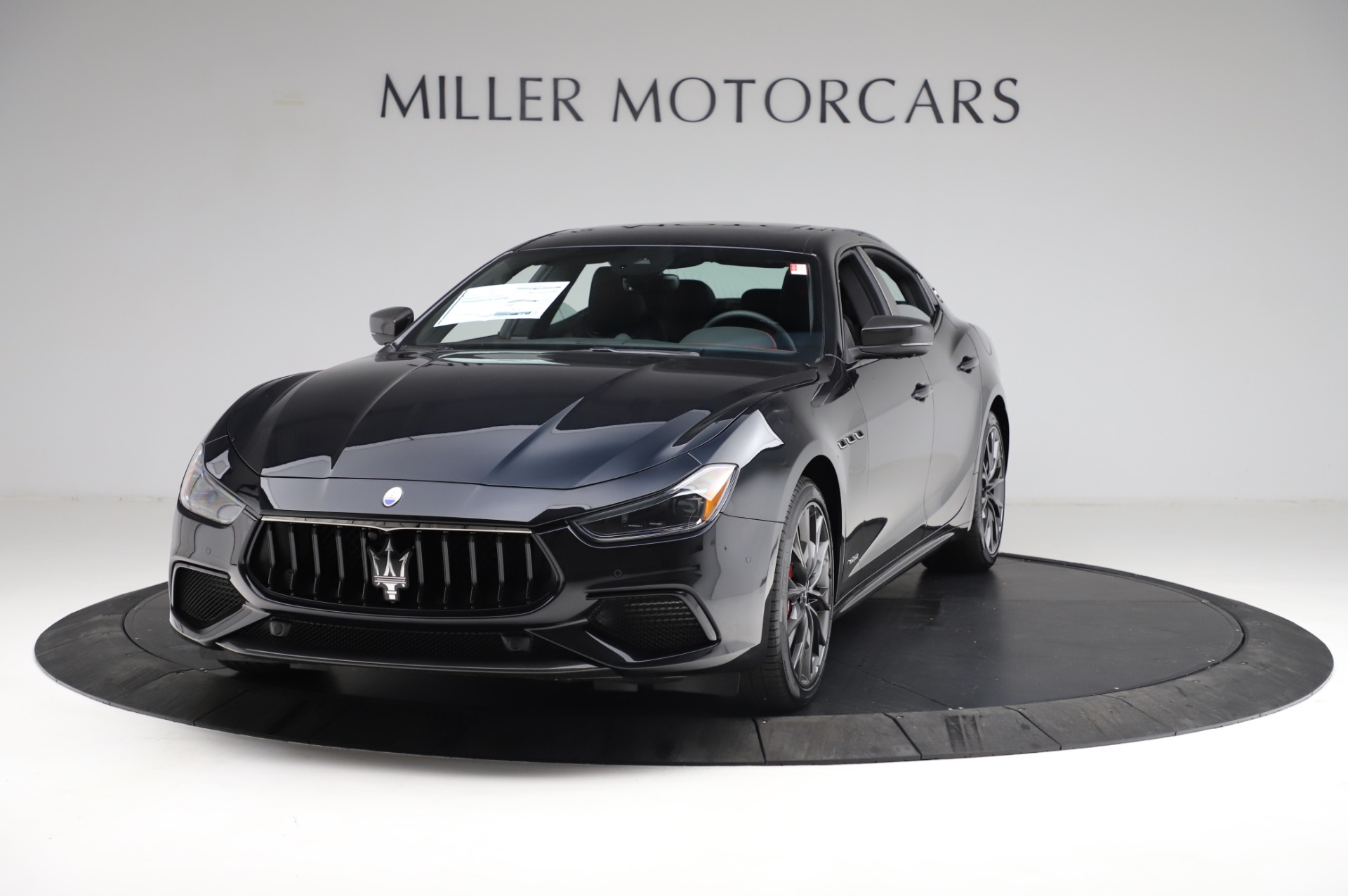 New-2021-Maserati-Ghibli-S-Q4-GranSport