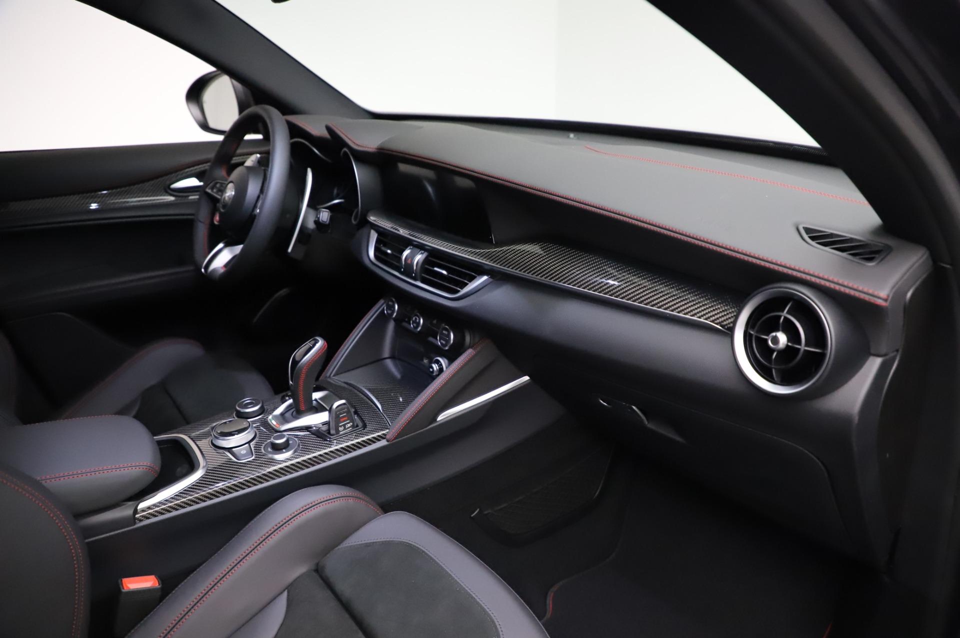 New-2021-Alfa-Romeo-Stelvio-Quadrifoglio