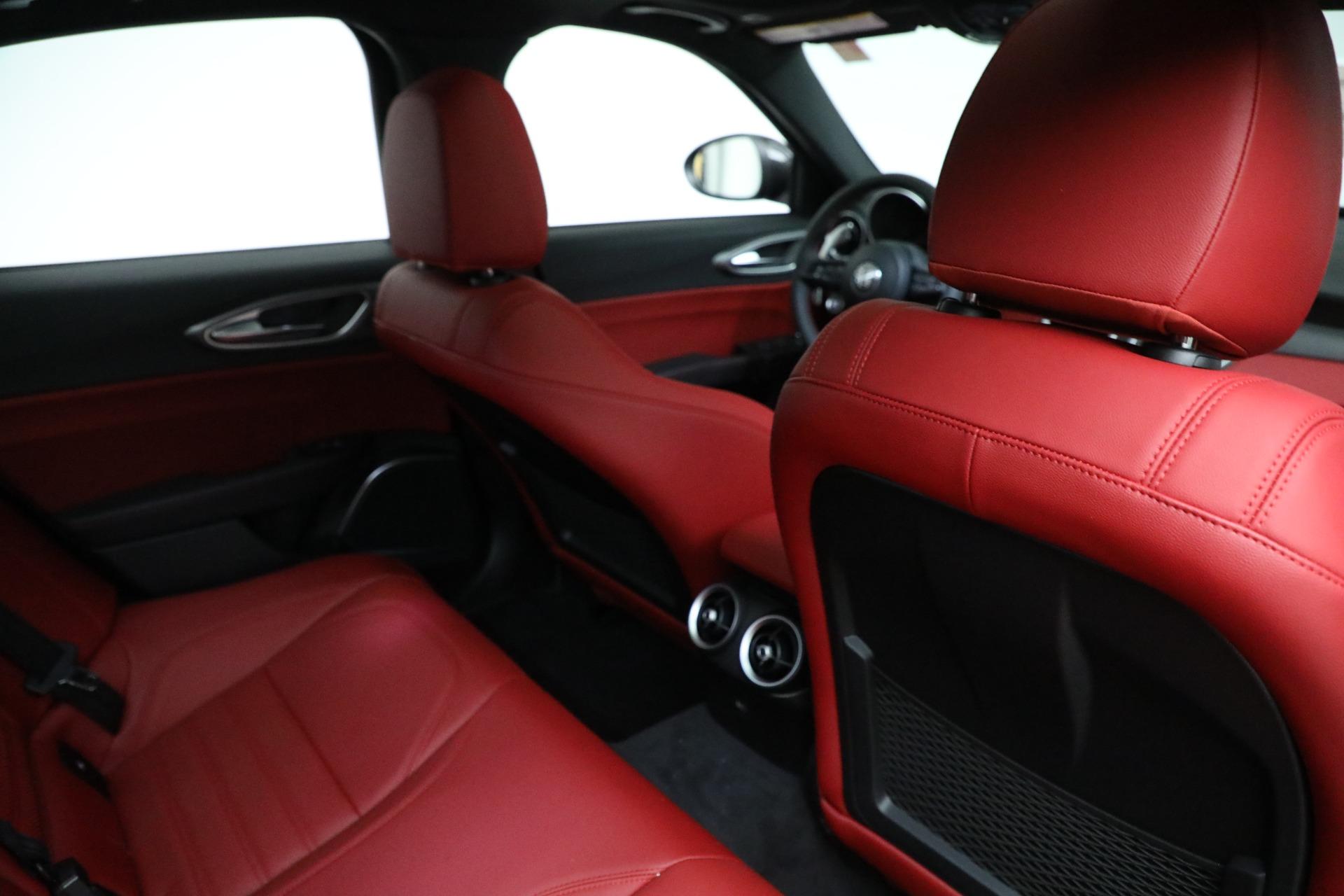 New-2021-Alfa-Romeo-Giulia-Ti-Sport-Q4