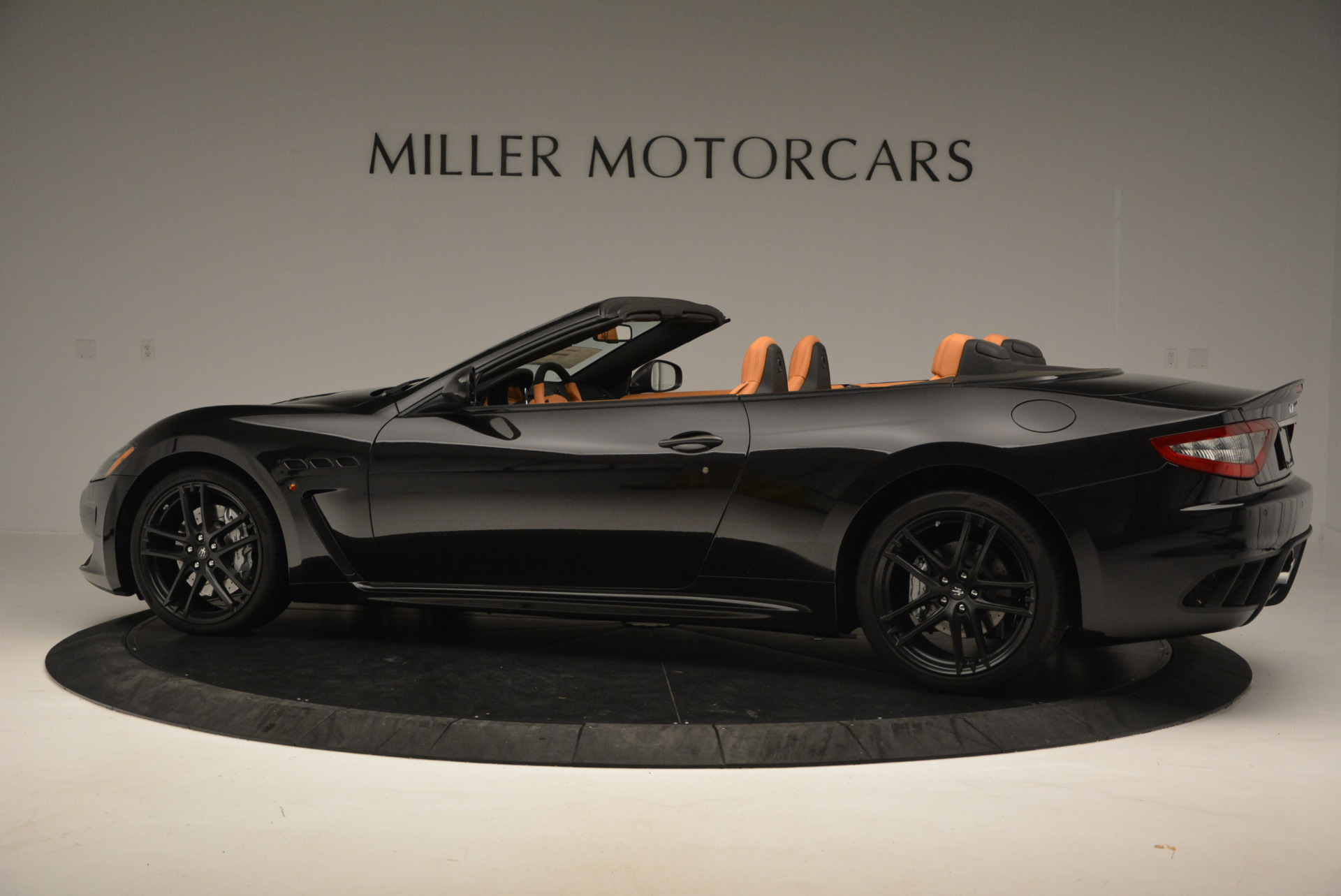 New-2017-Maserati-GranTurismo-MC-CONVERTIBLE