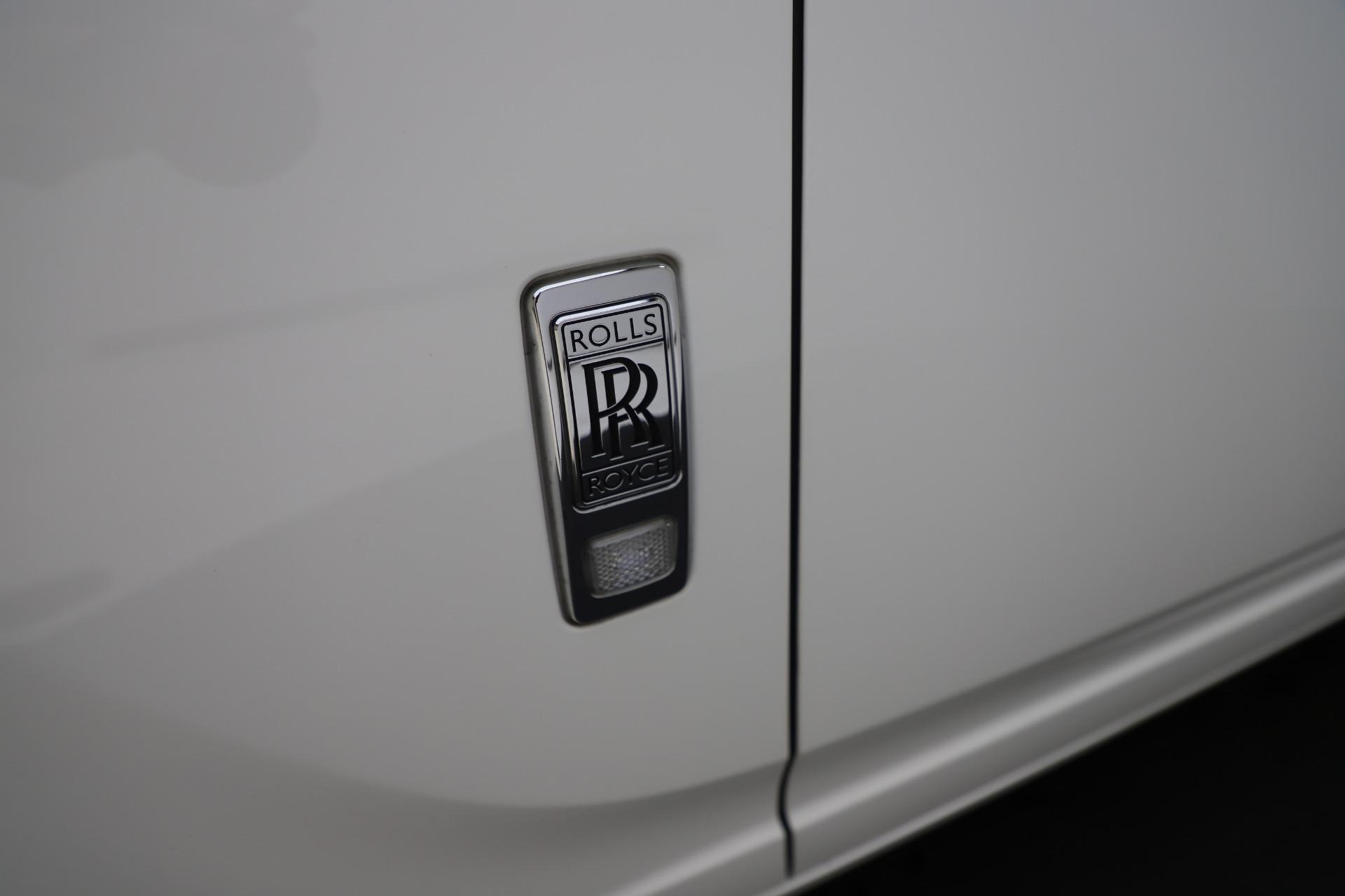 Used-2017-Rolls-Royce-Ghost