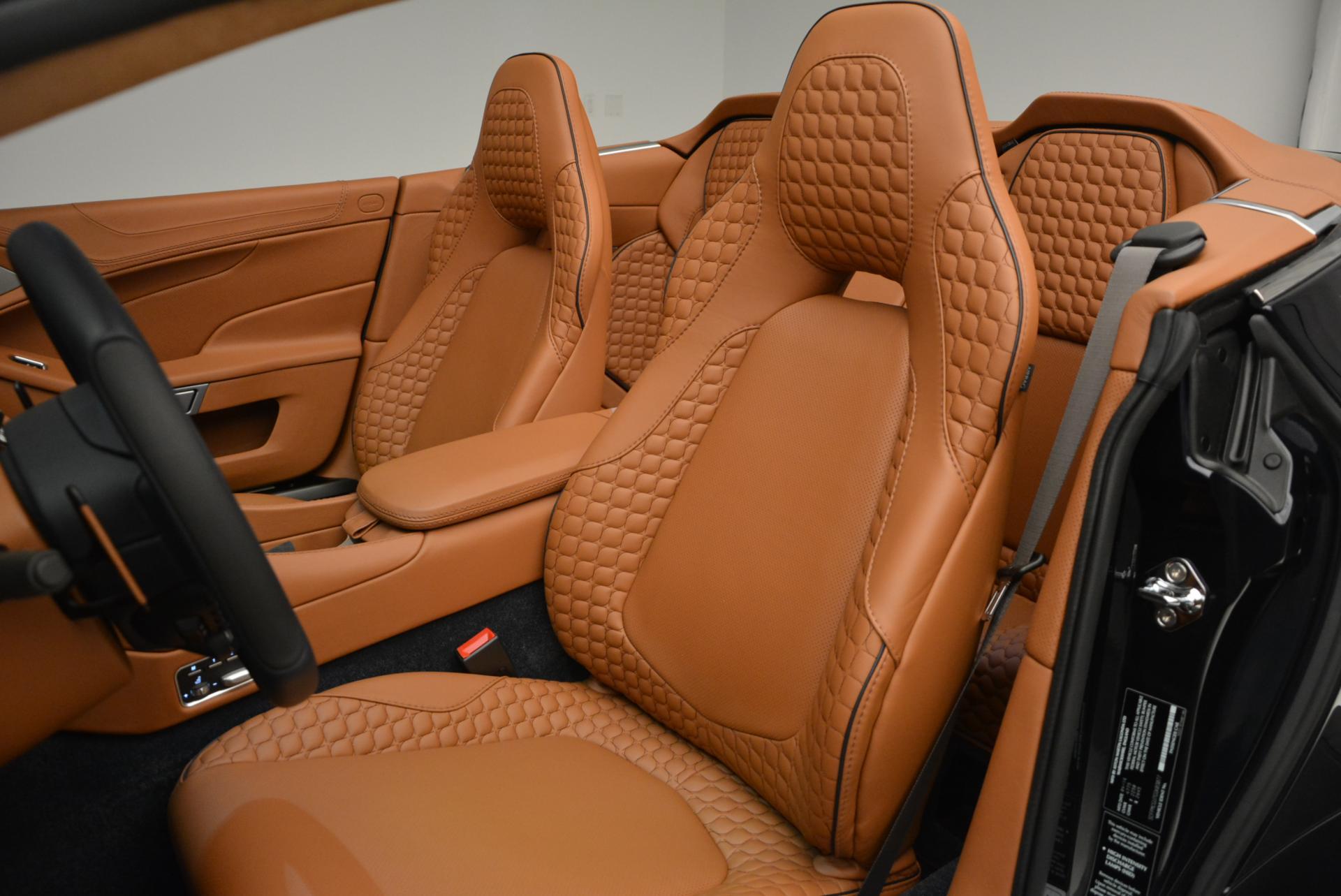 New-2016-Aston-Martin-Vanquish-Volante
