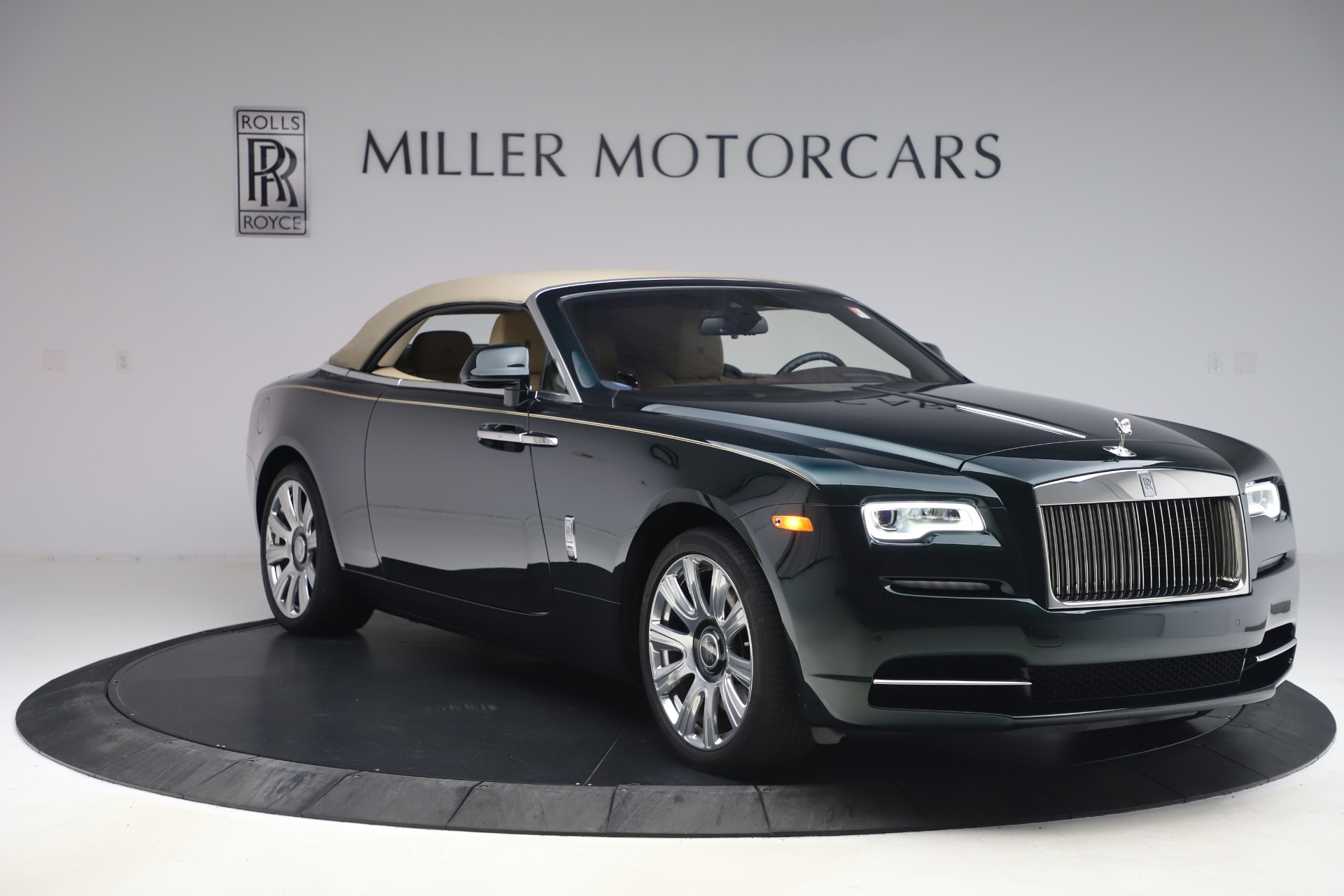 New-2017-Rolls-Royce-Dawn