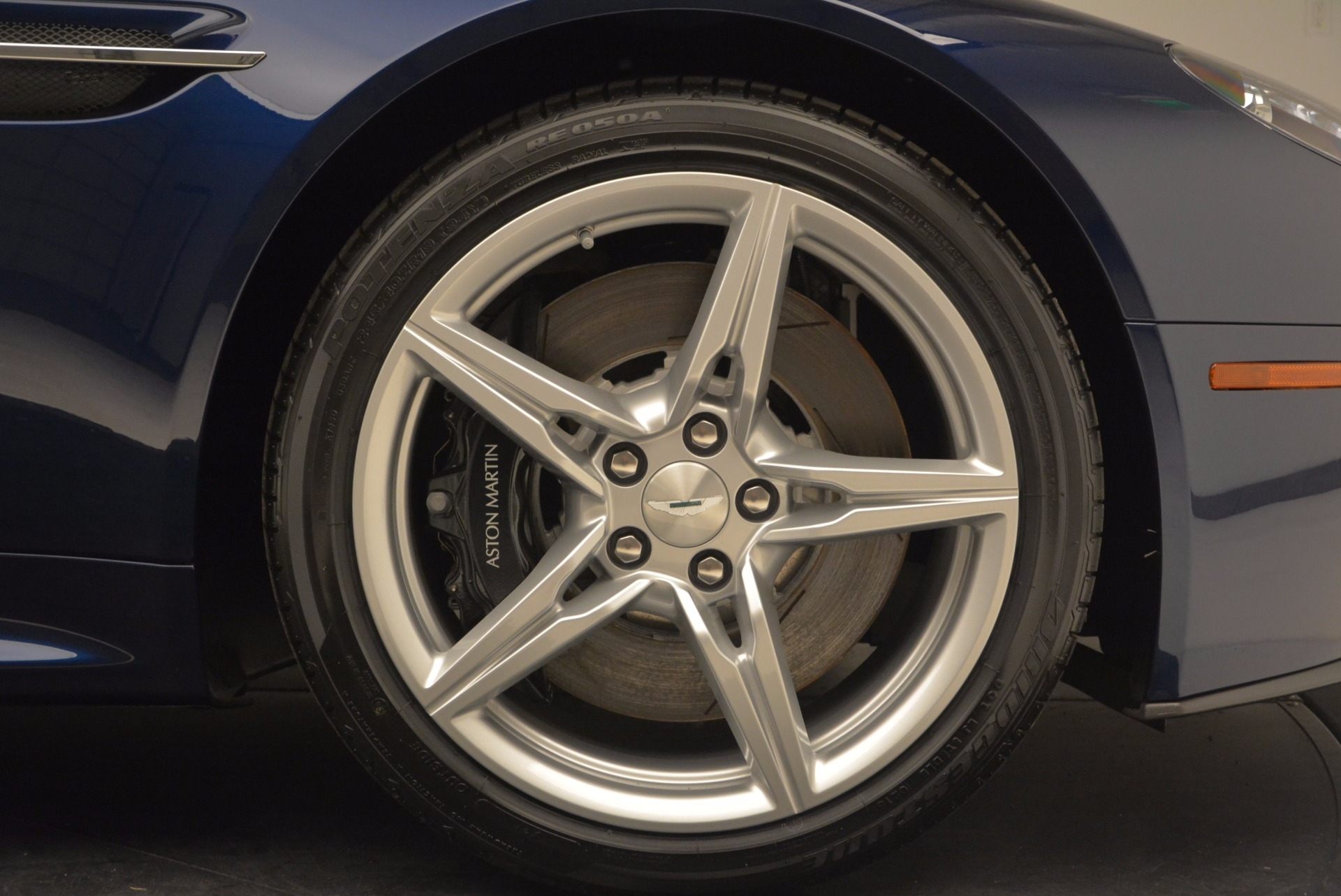 New-2016-Aston-Martin-V8-Vantage