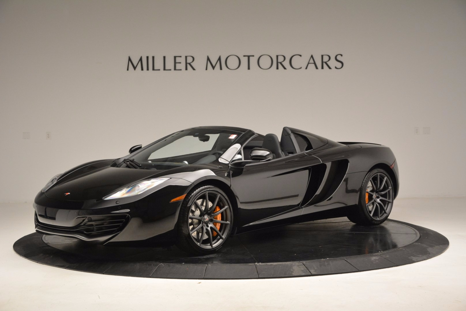 Used-2013-McLaren-12C-Spider